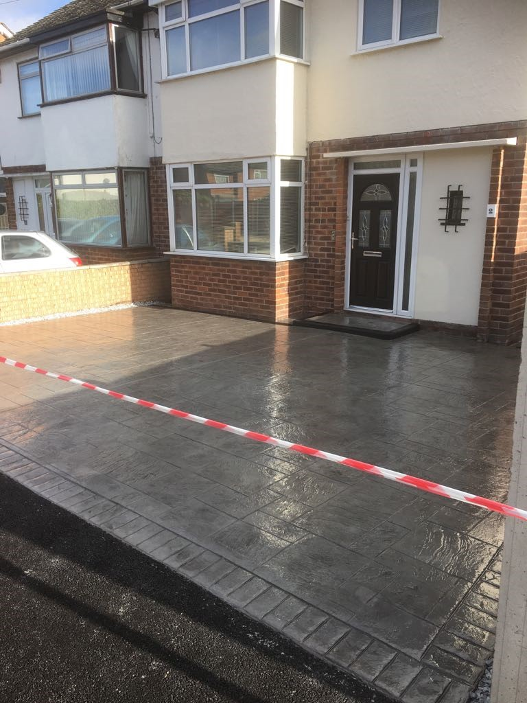 MH Pattern & Print- Pattern imprinted concrete driveway