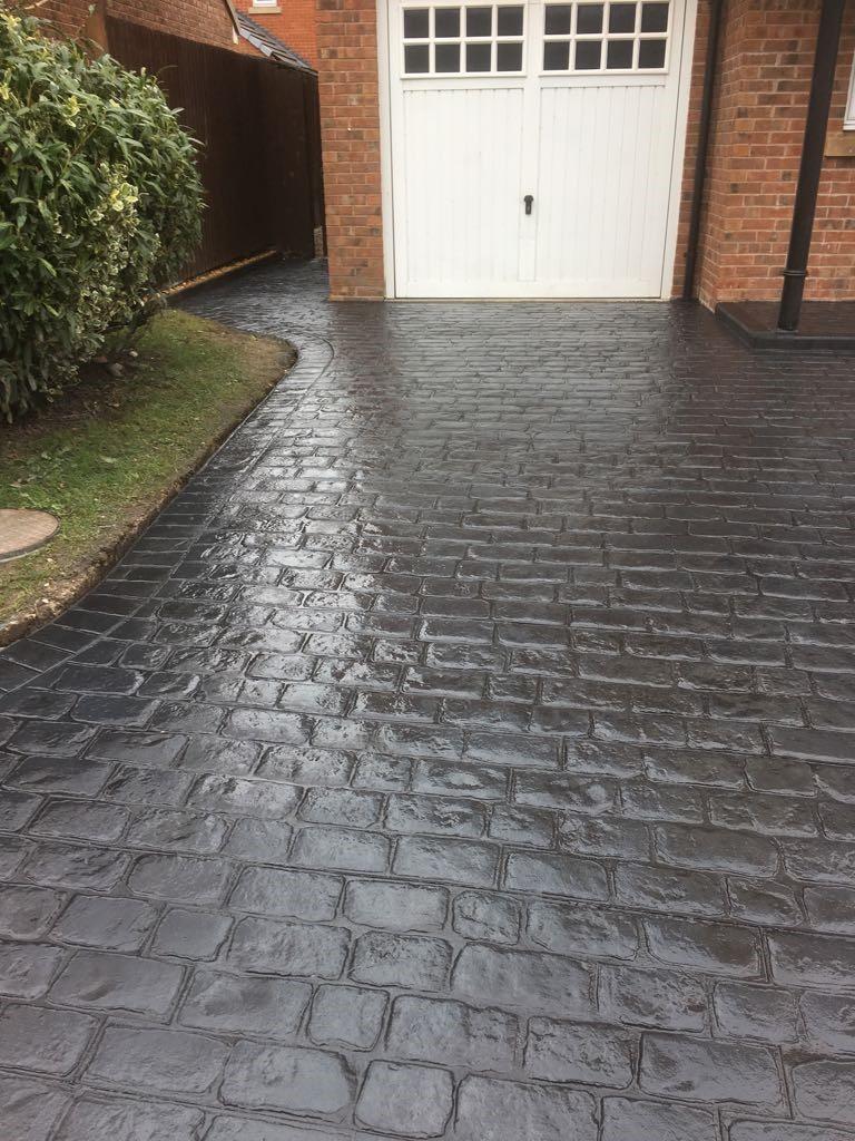 Cobblestone driveway-